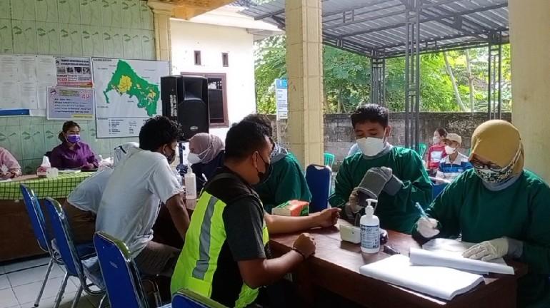 Vaksinasi Covid – 19 Dosis Kedua di Desa Buntalan Kecamatan Temayang